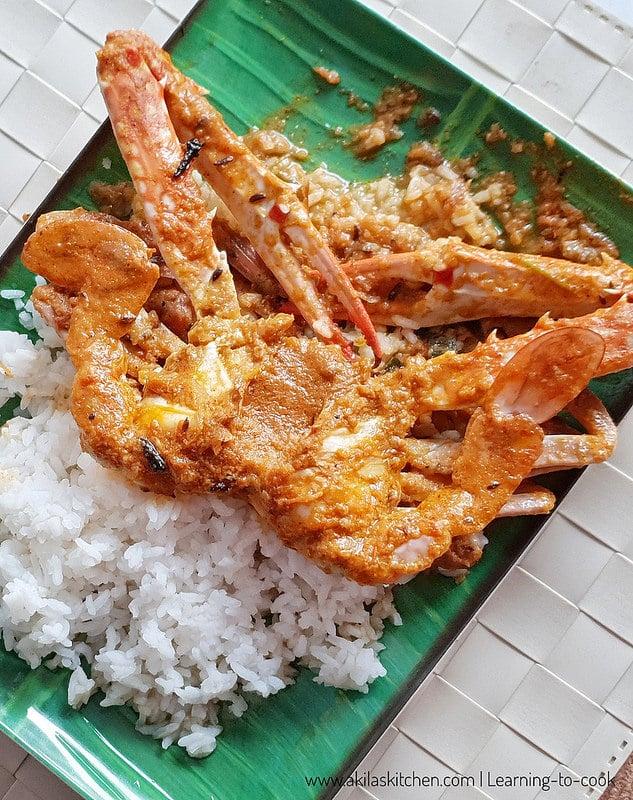 Crab gravy using coconut milk